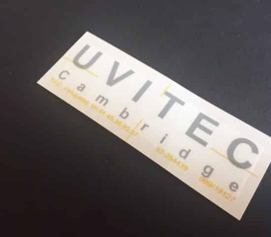 Etiquette adhésive - autocollante -transfert - transparent - lettrine- typographie