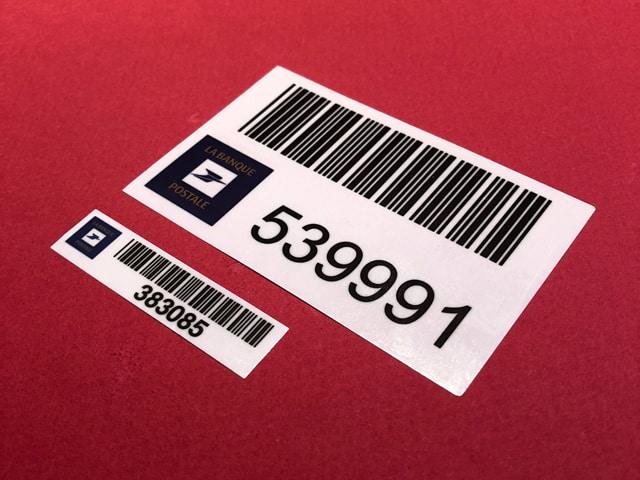 étiquette inventaire-propriété-poste-adhesive-industrielle